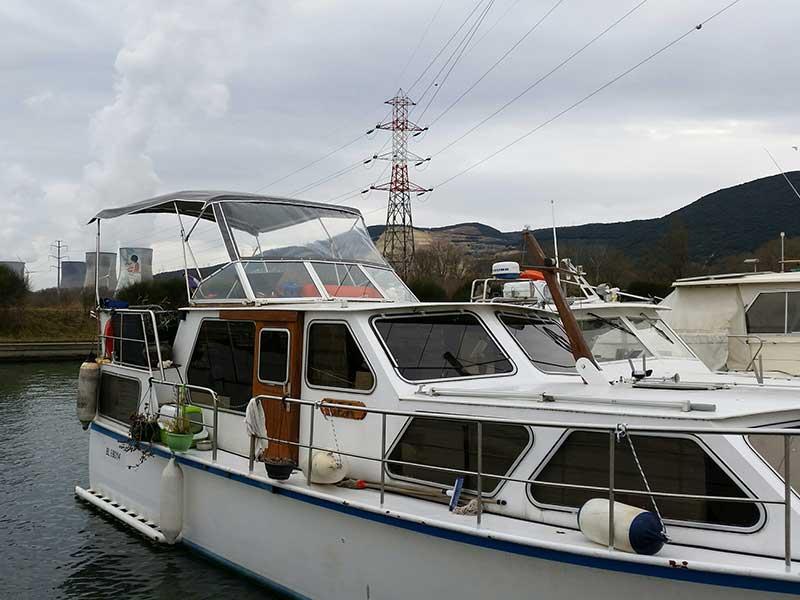 Réparation taud de bateau